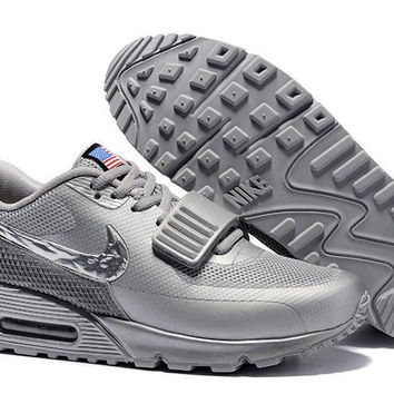 Air Max 90 Yeezy Platinum