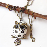Snow Chubby Owlette Owl Necklace