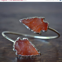 XMAS IN JULY Lux Divine Carnelian or Rose Quartz Arrowhead Bracelet /// Silver