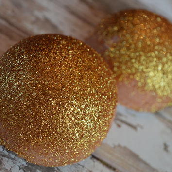 Shimmery Gold Digger Bath Bomb Melt(avocado oil, Gold Mica, Cocoa Butter,karma,sparkle)
