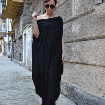 Loose Kaftan/Long Dress/Long Top/Black Dress/Loose Tunic/Maxi Dress/Kaftan  by CARAMELfs-D-8916