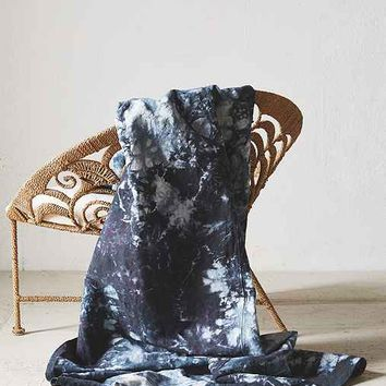 Riverside Tool & Dye Hand-Dyed Midnight Fractal Linen Blanket- Assorted One
