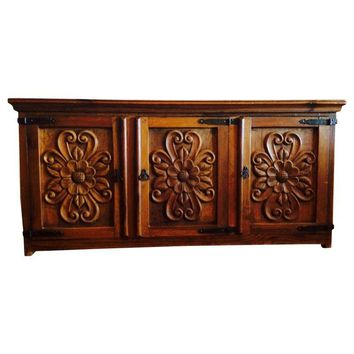 Pre-owned Carved Wood Credenza Buffet Cabinet
