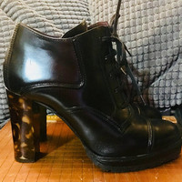 Designer DONALD J PLINER Woman's Tortoise Heel Lace Up Booties Size 7B Italy, Antique Alchemy
