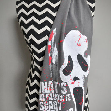 SCREAM - What's Your Favorite Scary Movie Unisex Knit Scarf (One Size)