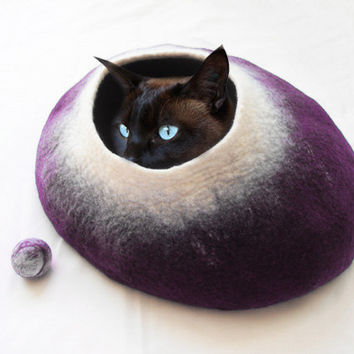 Cat Bed / Cat Cave / Cat House / Hand Felted Wool Purple with free Cat Ball UK