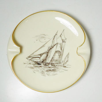 Schooner Columbia American Cup Defender Lenox Made in the Usa Large Ashtray Collectible Porcelain Gold Trim Nautical No chips or cracks