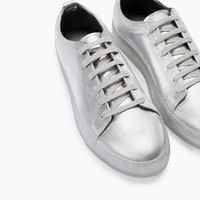 Metallic trainers