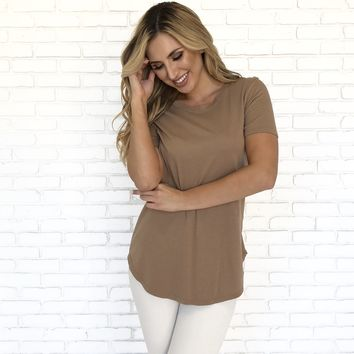 Round Up T-Shirt in Camel Brown