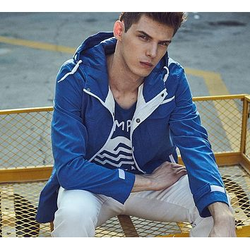 Men Jackets New Man Hooded Trench Coat Thin Jackets Male Hoodie Thin Windbreaker Lightweight Outwear