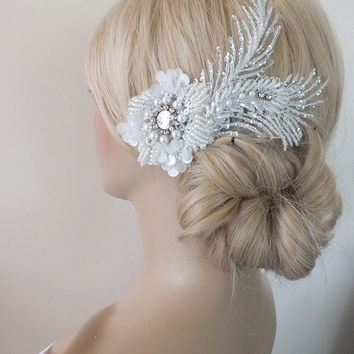 Bridal lace haircomb ivory lace Hair comb Ivory Beaded lace floral wedding hair piece bride hair comb