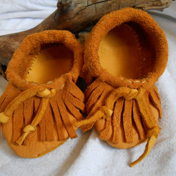 Children's Moccasins in Toddler Sizes, Custom Handmade, Golden Elk Hide Moccasins, Native American, Handsewn