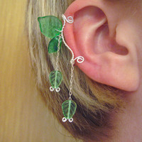 Celebrian Ear Cuff elvish Tolkien green leaf leaves silver wire glass bead LOTR Lord of the Rings