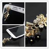 Big Dragonfly Beautiful Crystal Ear Ring Style 3.5mm Headphone Jack Charm Anti Dust Plug Cap for iPhone 5 iPhone 4 4s ,iPad ,iPod Touch 5,Samsung Galaxy S3 S4 Note Note 2,HTC Box Package