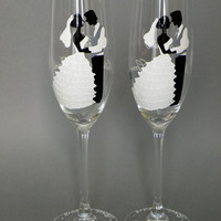 Hand painted Wedding Toasting Flutes Set of 2 Personalized Champagne glasses White classic with crystals