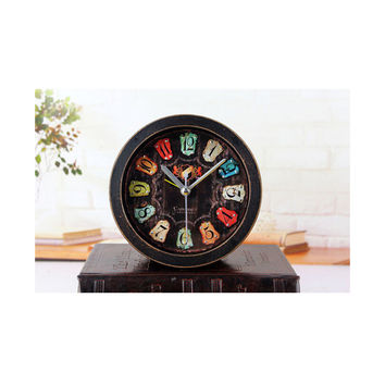 European Vintage Old Black Wood Alarm Clock Fshionable Creative Three Dimensional Metal Rivet Desk Clock Table Clock
