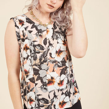 Outfit It to Memory Sleeveless Top in Blooms