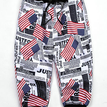 Black Emoji 3D Stars and Stripes American Flag Print Cropped Sweatpants