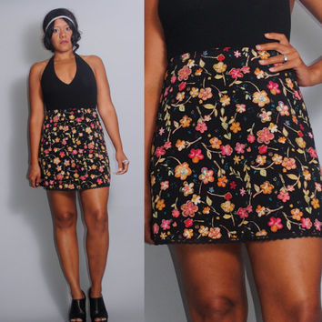 Vintage 1990s  High waist Black  FLORAL Grunge rayon mini skirt