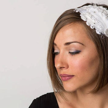 Flapper Girl Bridesmaid White Vintage Style Feather Headband with Swarovski Crystals- Wedding Hair Piece, 1920s Woman