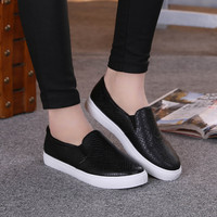 Free Shipping Women Fashion Leather Flats  Flat-heeled Casual Shoes Women's Slip-on Loafers Size 35~40