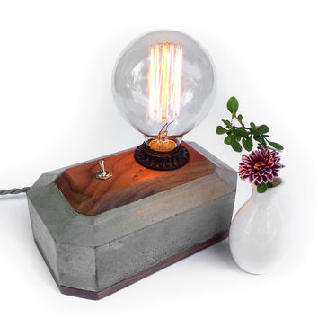 W/S Concrete / Black Walnut Edison Lamp