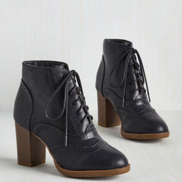 Scholastic Mashup to the Minute Bootie in Midnight Blue