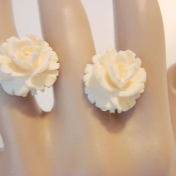 "30s ""Winard"" Hand Carved Ivory Earrings (1/20 12Kt Gold Filled)"