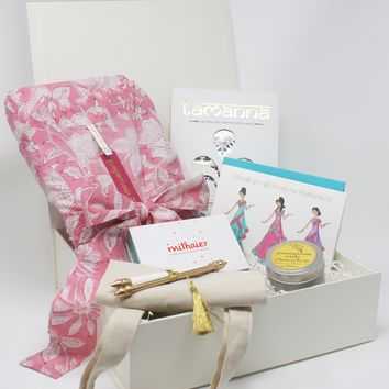 Bridesmaid Gift Box with Mithaier