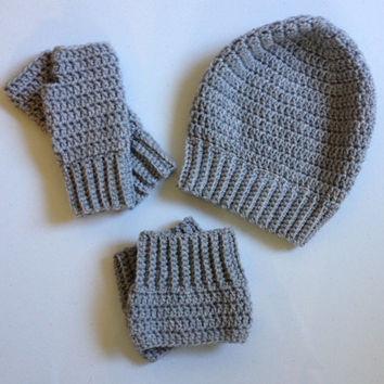 Set of crochet accessories, ribbed slouchy hat, fingerless gloves, boot cuffs, shown in silver heather