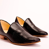 Flat Black Leather Shoes / Women Shoes / Every Day Shoes / Textured Leather Shoes / Comfortable Shoes / Wooden Heels Shoes - Charlie