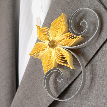 Yellow and Grey Flower Boutonniere, Groomsmen Gift, Sunbeam and Light Grey Wedding, Modern Wedding, Sunbeam Wedding