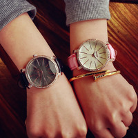 Comfortable Vintage Fashion Quartz Classic Watch Round Ladies Women Men wristwatch On Sales = 4662259076