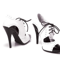 ELLIE Black and White Closed Toe Oxford Heel-Sz. 5-14 - Unique Vintage - Cocktail, Evening, Pinup Dresses