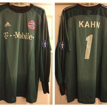 Sale!! Vintage and Hard to find Adidas Bayern Munchen Goalie Soccer Jersey #1 Oliver K