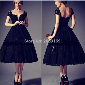 New Fashion Evening Dress 2017 Vintage Black Lace Appliques Vestidos De Renda Sweetheart Short Sleeve Tea Length Prom Party Gown