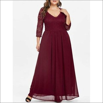 Plus Size Sweetheart Neck Lace Panel Maxi Dress - Red Wine 5x