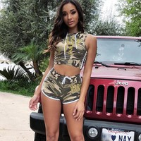Women Casual Fashion Camouflage Print Sleeveless Hooded Vest Crop Tops Shorts Set Two-Piece Sportswear