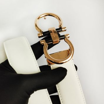 Ferragamo sells men's and women's casual belts with wide variety of fashion belts White belt+Gold buckle