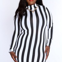 Black White Vertical Stripe Sexy Party Dress AMI+