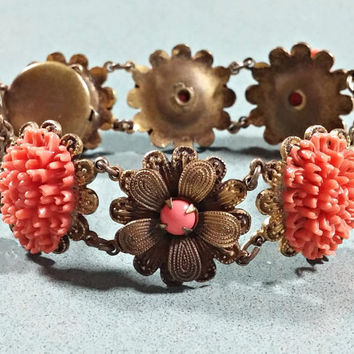 Vintage Faux Coral and Brass Floral Chain Link Bracelet Lots of Charm and Old Time Appeal Vintage Costume Jewelry Tongue in Box Closure
