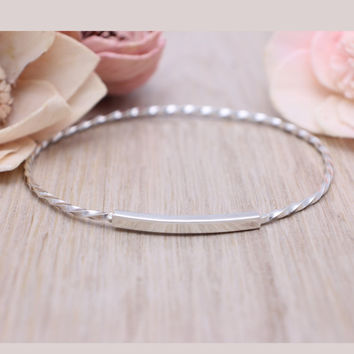 925 sterling silver Bar bangle bracelet with twisted band