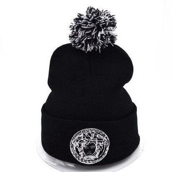ONETOW Versace Women Men Embroidery Beanies Winter Knit Hat Cap