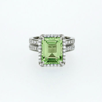 4.32ct Emerald cut Peridot halo engagement ring set, white gold, diamond engagement, green ring, unique, wedding ring set, peridot halo ring