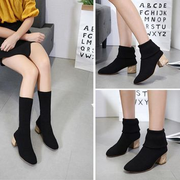 Round Toe Solid Color Low Chunky Heels Matin Short Boots