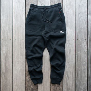 New Balance Jogger Sweatpants - Black