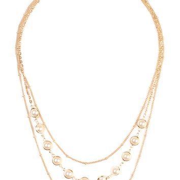 Three Layered Strand With Pearl Necklace