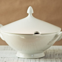 Heinrich White Soup Tureen Made in Barvaria by AloofNewfWhimsy