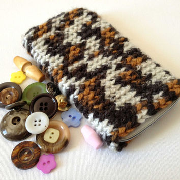 Galaxy S3 Case, Samsung Crochet Sleeve, Crochet Cell Phone Case, Antelope Print, Animal Pattern, Crochet Sleeve iPhone 5