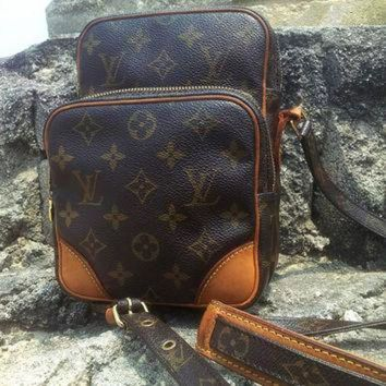 PEAPYD9 Authentic Vintage LOUIS VUITTON Amazone Monogram Leather Sling Bag